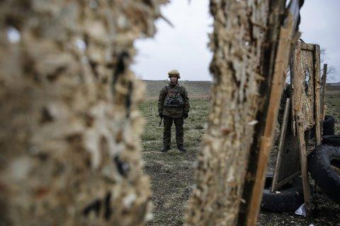 На федеральных каналах стали реже обсуждать Крым и Донбасс