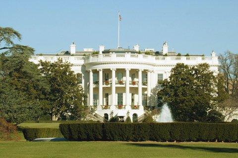Обама пытается смягчить санкции против России