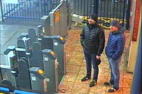 Опрос: Россияне считают, что Скрипалей в Англии мог отравить «кто-угодно»
