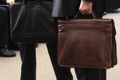 Омским чиновникам выделили 3,2 млрд рублей