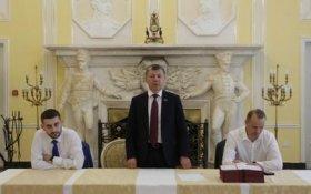 Дмитрий Новиков вручил дипломы выпускникам Центра политической учебы