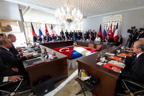 В Стамбуле прошел четырехсторонний саммит по Сирии. Сирийцев не пригласили