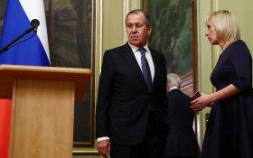 Захарова: Запад хочет разобщить и разорить российское общество