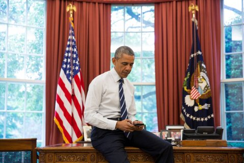 Обама и Путин призвали друг друга не допустить кровопролития в Донбассе