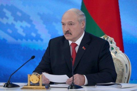 Президент Белоруссии сократит свою администрацию на треть