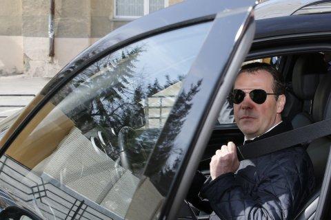 Фонды из расследования о Медведеве отчитались о расходах. Они тратят больше, чем фонд «Подари жизнь», на лечение детей