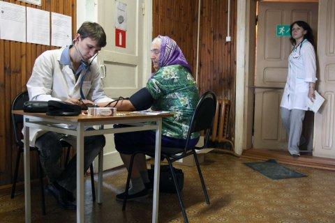 80 процентов россиян платят за бесплатную медицину