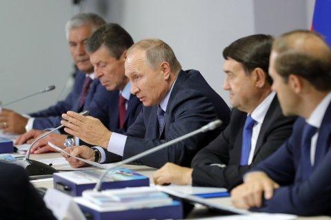 Путин дал отсрочку регионам по выплате долгов. Откуда эти долги взялись?