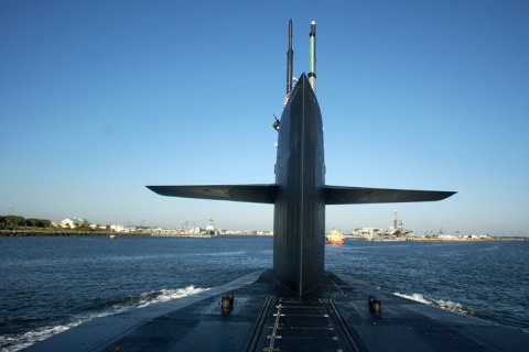 Британия боится Россию и модернизирует ядерный арсенал