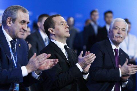 Спонсоры «Единой России» получили госконтракты на миллиарды рублей