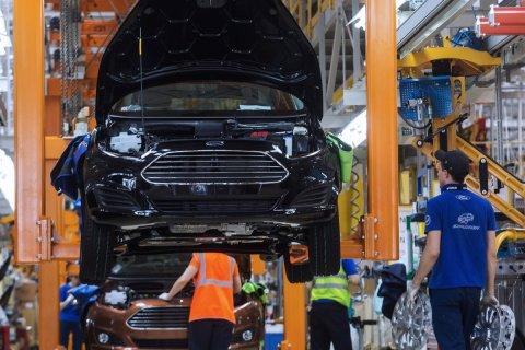 Ford сократит четверть персонала в России