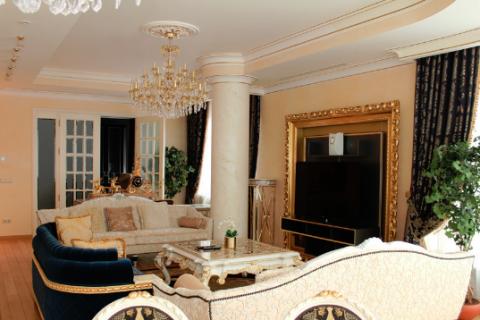 Самая дорогая квартира в Петербурге предлагается за 830 млн рублей, а в Москве за 4 млрд