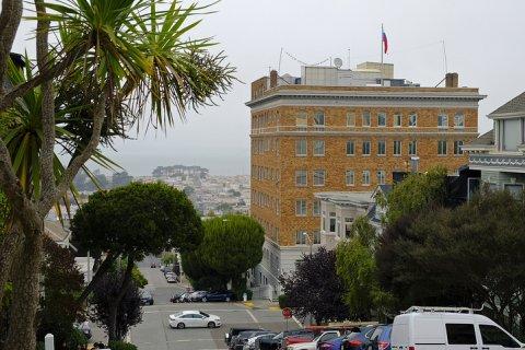 США «в духе паритета» закрывают российское консульство в Сан-Франциско. В ответ новый российский посол процитировал Ленина