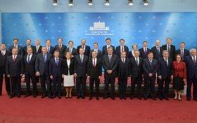 Медведев под смех единороссов предложил кандидатов в новое правительство