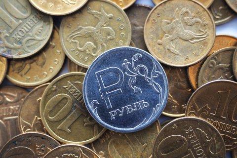 Минфин: Власти не заинтересованы в укреплении рубля