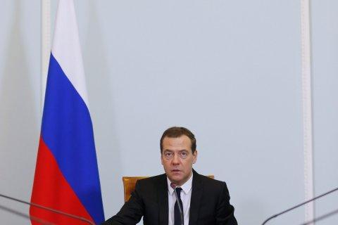 СМИ: Медведев сильно «обеспокоен» своим политическим будущим