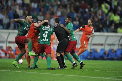 Финал Кубка России закончился массовой дракой