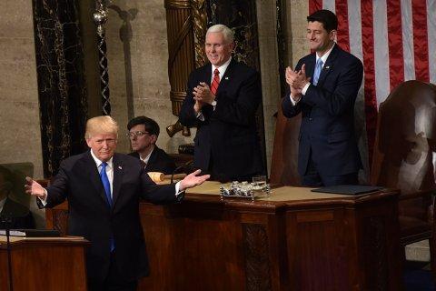 Американские сенаторы обвинили Трампа в «мягком» отношении к Путину