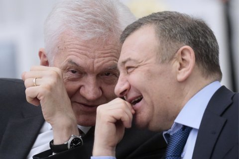 Путин подписал закон, освобождающий «друзей Путина» от налогов