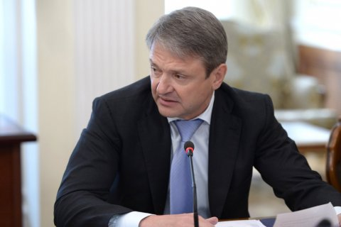 Агрохолдингу семьи министра Ткачева достанется крупная птицефабрика