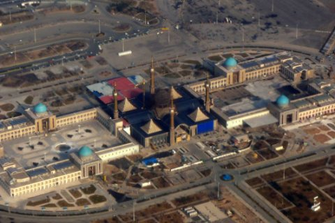 В Тегеране террористы напали на здание парламента и мавзолей имама Хомейни. Подробности