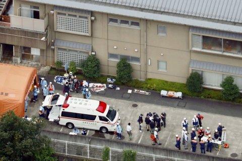 В Японии в доме инвалидов зарезали 19 человек