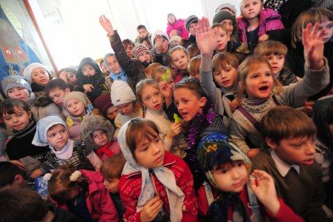 В России резко выросло число детей-инвалидов. Министр труда: Это не должно пугать