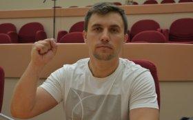 """Коммунист Николай Бондаренко рассказал о """"министерской диете"""" на 3,5 тысячи рублей в месяц"""