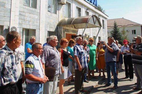 Голодающие шахтеры отказались ехать к губернатору: «Пусть приедет сам»