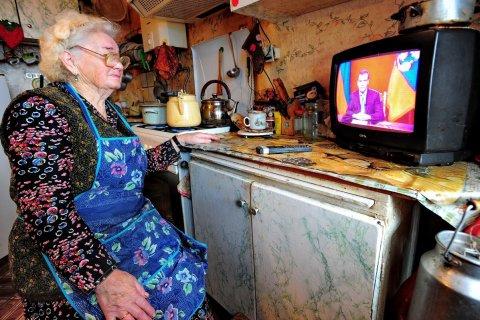Правительство заплатит пенсионерам перед выборами