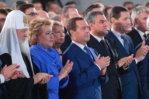 Матвиенко заклинает не политизировать тему повышения пенсионного возраста